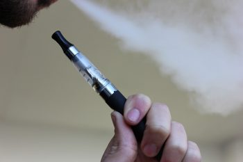 i pro e i contro della sigaretta elettronica